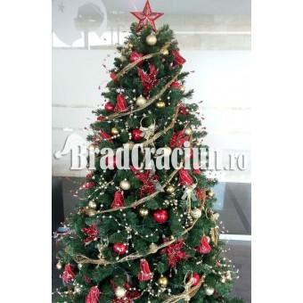 "Brad de Craciun 270 cm ""iarna in rosu"""