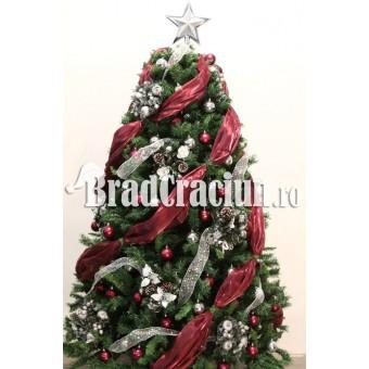 """Brad de Craciun 300 cm - """"podgoriile de iarna"""""""